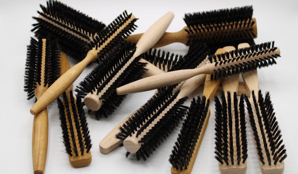 Commandez nos brosses à cheveux par notre site internet