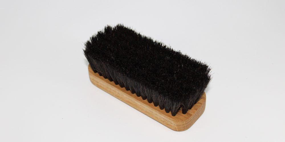 brosse à reluire crin noir chêne